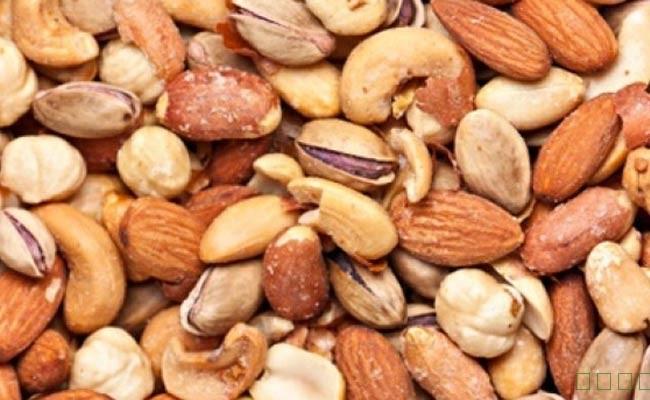 吃坚果可能有助于减少炎症